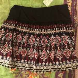NWT. Urban Outfitters Skirt. Sz 8.